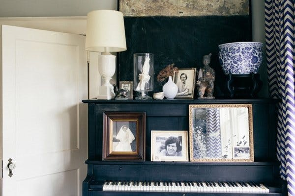 Your Guide To Framed Art For Small Spaces